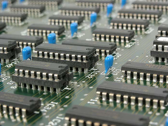 Zaawansowane możliwości komputerów przemysłowych